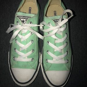 Youth mint converse